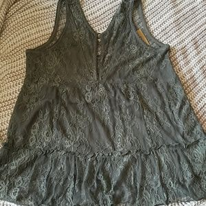 Green Floral Lacy American Eagle Top Size Small